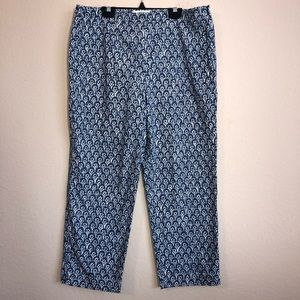 Talbots Blue Floral Print Stretch Capri Pants